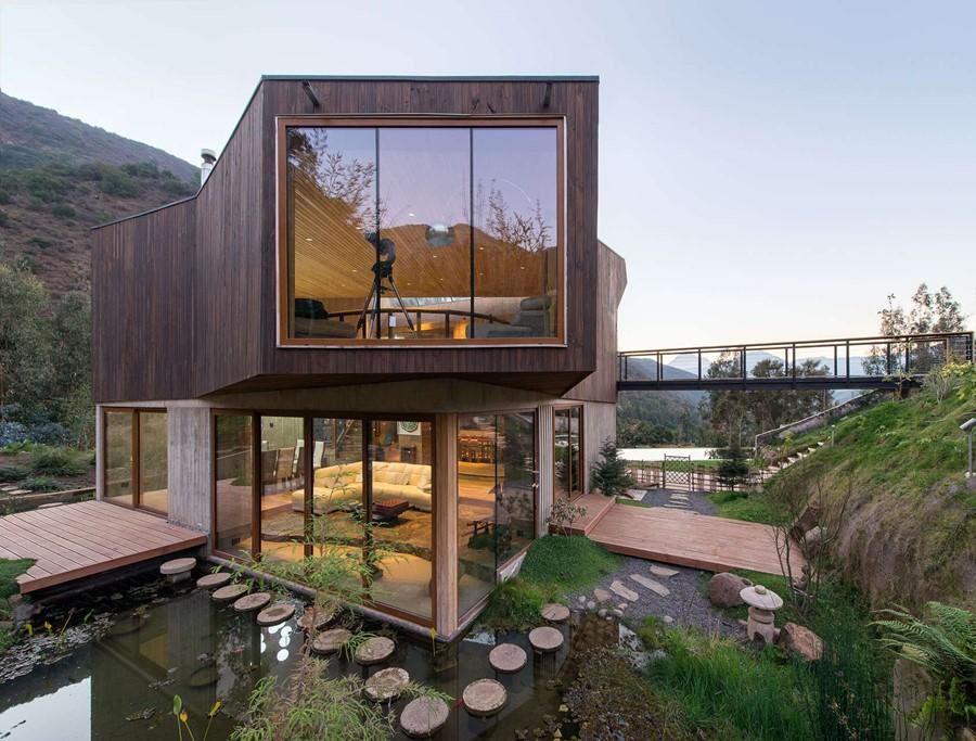 Dom w drewnie odwa nie wpisany w zbocze g ry - Maison architecture contemporaine grupo arquitectura ...