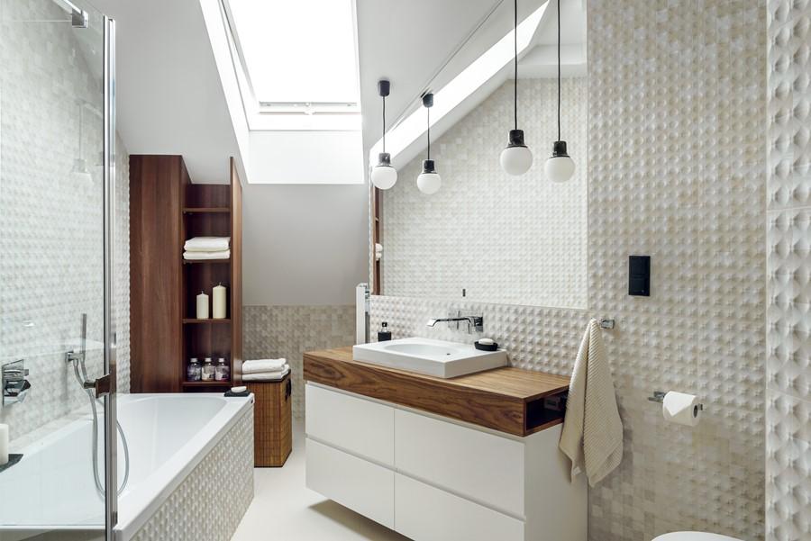 Łazienka o nietypowym układzie Sikora Wnętrza - oryginalna łazienka
