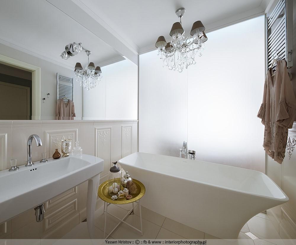 Duża łazienka z wolnostojąca wanną piękne łazienki
