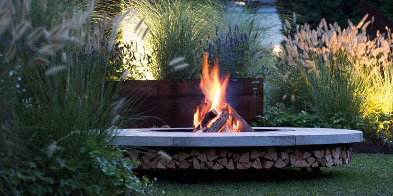Luksusowe paleniska AK47 - nowoczesny ogród