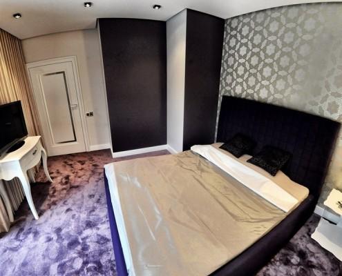 Połyskliwa sypialnia dla dwojga Sikora Wnętrza