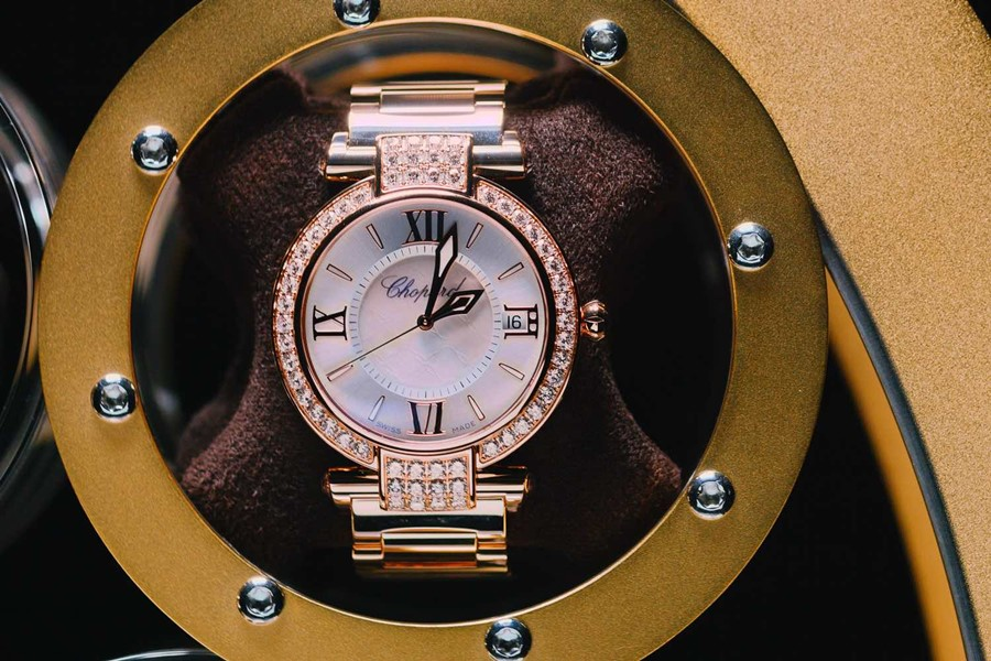 Chopard w stojaku na zegarki LumiSidus