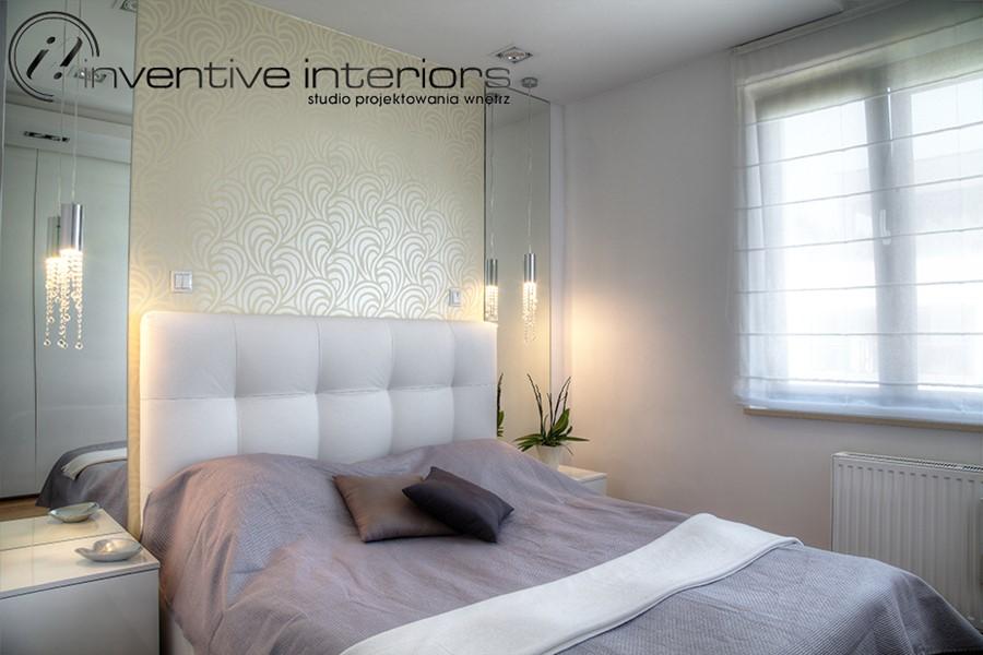 Aranżacja jasnej sypialni w bieli Inventive Interiors