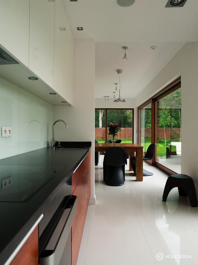 Nowoczesna kuchnia otwarta na jadalnię  Architektura   -> Kuchnia Otwarta Na Przedpokój