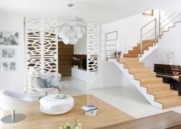 Otwarty salon w bieli pomysły na wnętrze