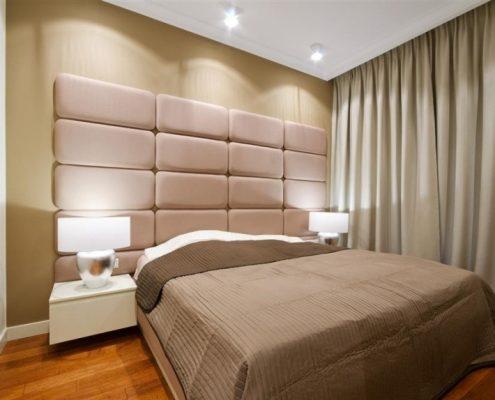 Przytulna sypialnia w beżach Hola Design