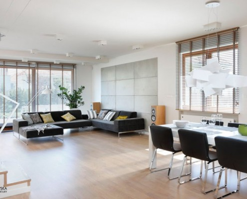 Salon z jadalnią w minimalistycznym stylu Agnieszka Ludwinowska