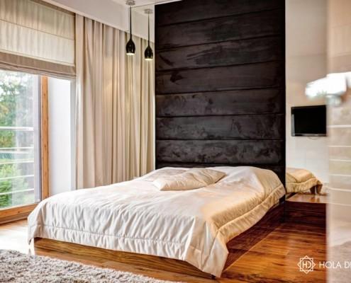 Tapicerowana ściana w sypialni Hola Design