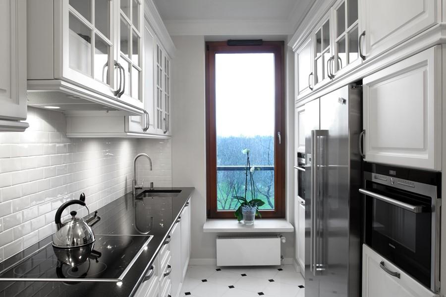 Biel i czerń w klasycznej kuchni RS Studio Projektowe