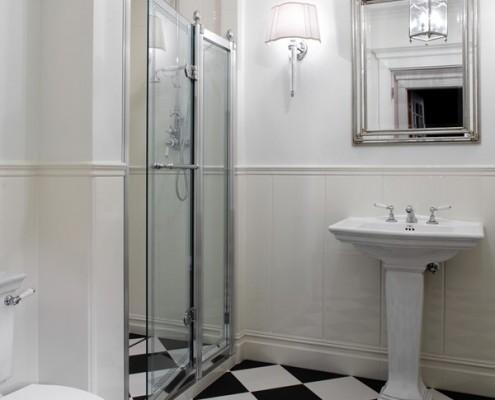Klasyczna łazienka z prysznicem RS Studio Projektowe