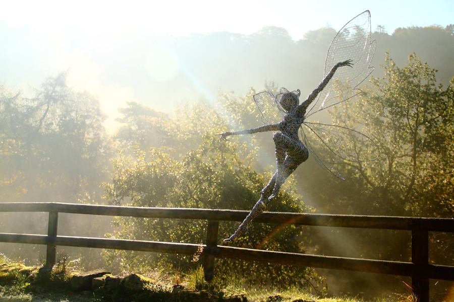 Metalowa rzeźba do ogrodu Robin Wight