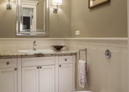 Wystrój klasycznej toalety RS Studio Projektowe