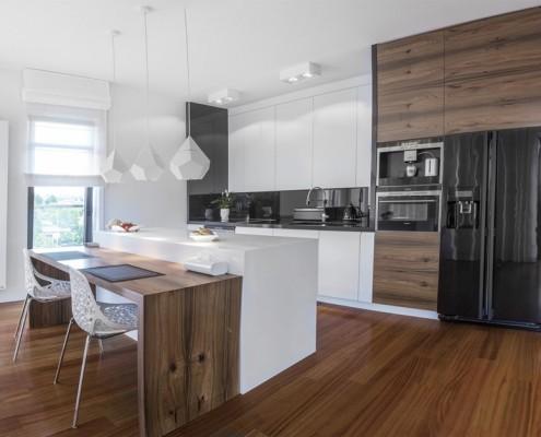 Aranżacja dużej kuchni w nowoczesnym wydaniu Living Box