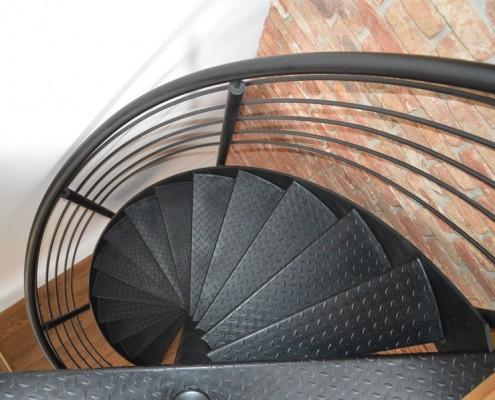Kręcone schody w stylu industrialnym Alab kowalstwo