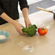 Kuchnia przyszłości Ikea 2025 Mutimedialny stół kuchenny
