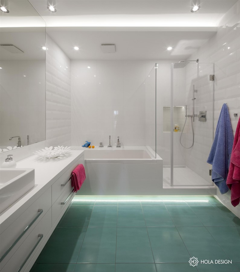 Wanna I Prysznic W Białej łazience Inspiracja Homesquare