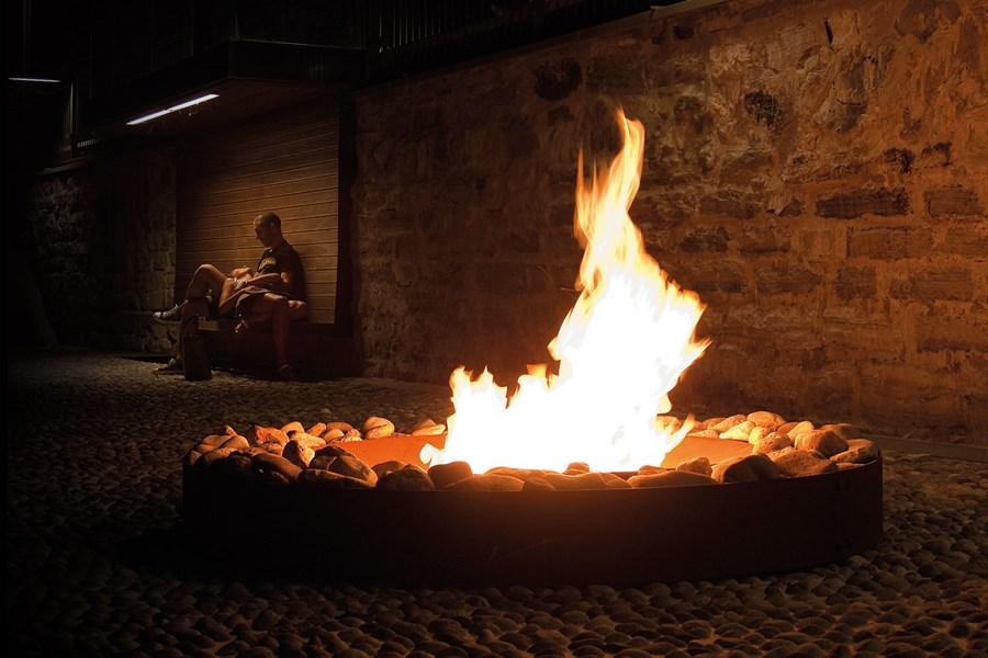 Palenisko na ognisko w śródziemnomorskim stylu