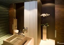 Aranżacje toalety z tapicerowaną ścianą