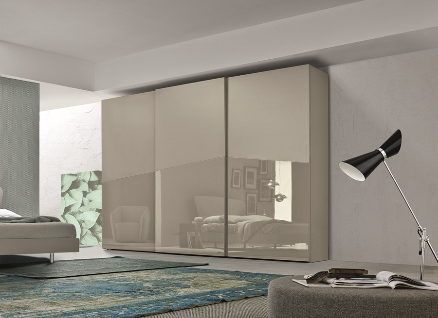 Pomys na garderob b dzie modnie i wygodnie artyku y for 4 piani casa moderna camera da letto