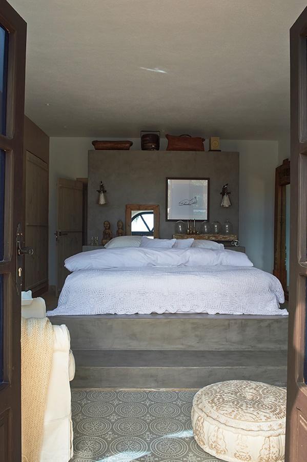 Luksusowa rezydencja - sypialnia otwarta na taras