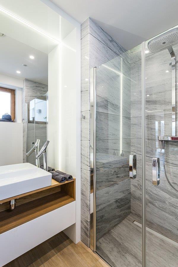 Nowoczesne prysznice w stylowym wydaniu