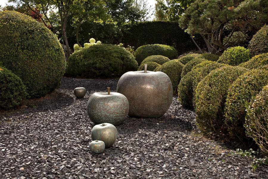 Kamienne dekoracje ogrodowe