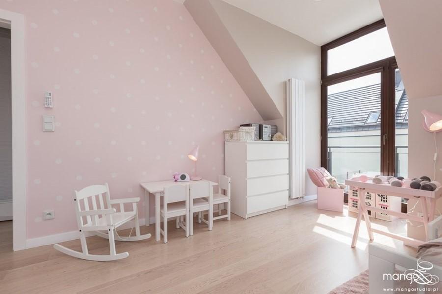 Pastelowy róż w pokoju dziewczynki - pokoje dla dzieci