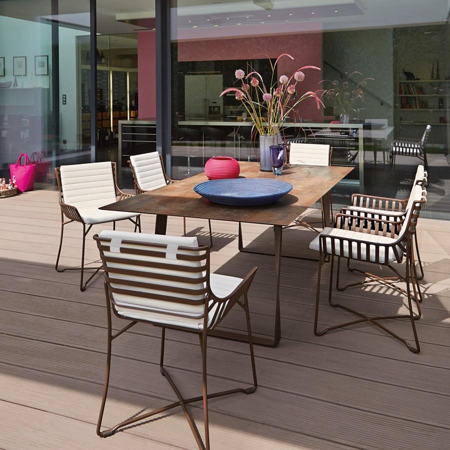 Aluminiowe meble ogrodowe w stylu nowoczesnym