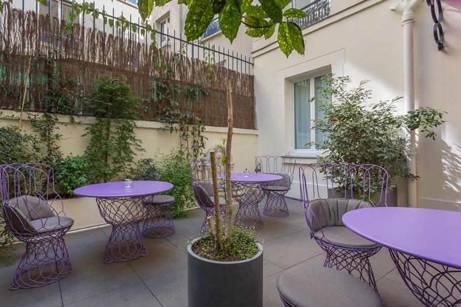 Stylowy hotel Idol Paryż taras