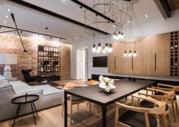 Eklektyczna aranżacja wnętrza kamienicy realizacja - kolory w salonie