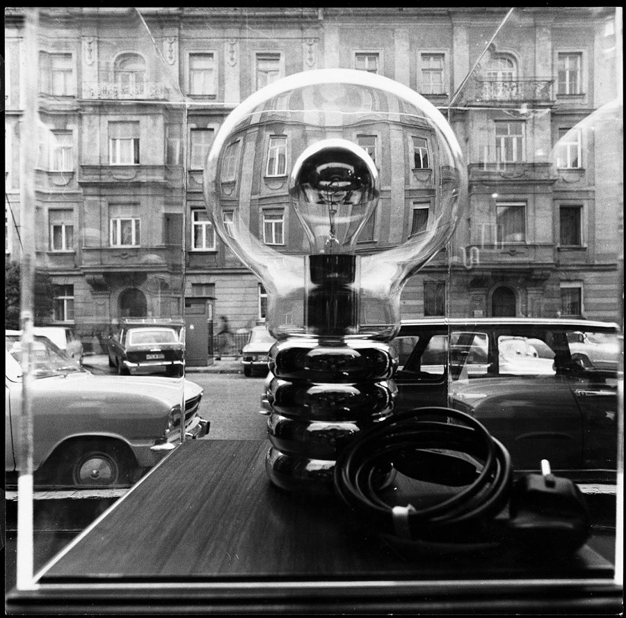Lampa Bulb 1969 - Ingo Maurer