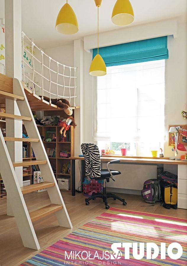 Aranżacja pokoju dla dziecka z piętrowym łóżkiem Mikołajska Studio