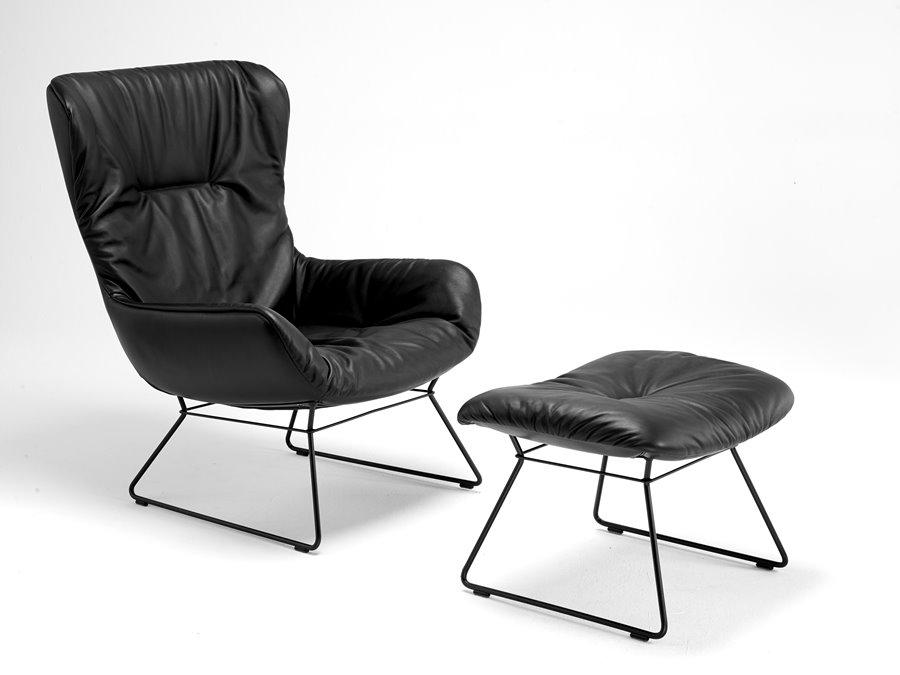 Leya Wingback Chair z podnóżkiem - FreiFrau