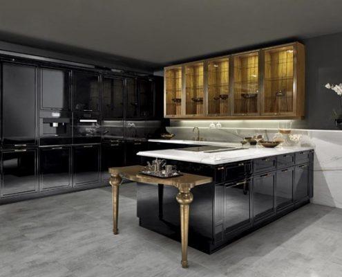 Czarne, klasyczne meble kuchenne na wysoki połysk Miton Classe