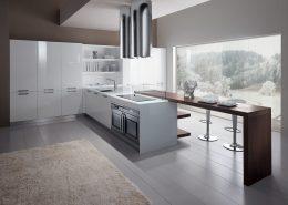 Duża kuchnia w bieli i brązie Miton MT 400
