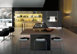 Duża kuchnia w ciemnych kolorach Miton MT 200
