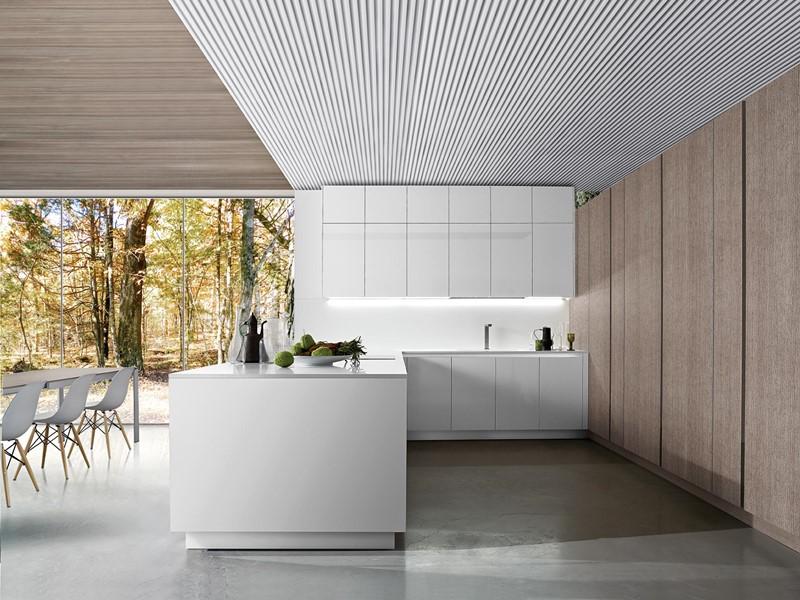 Minimalistyczne meble kuchenne w bieli - kuchnie włoskie
