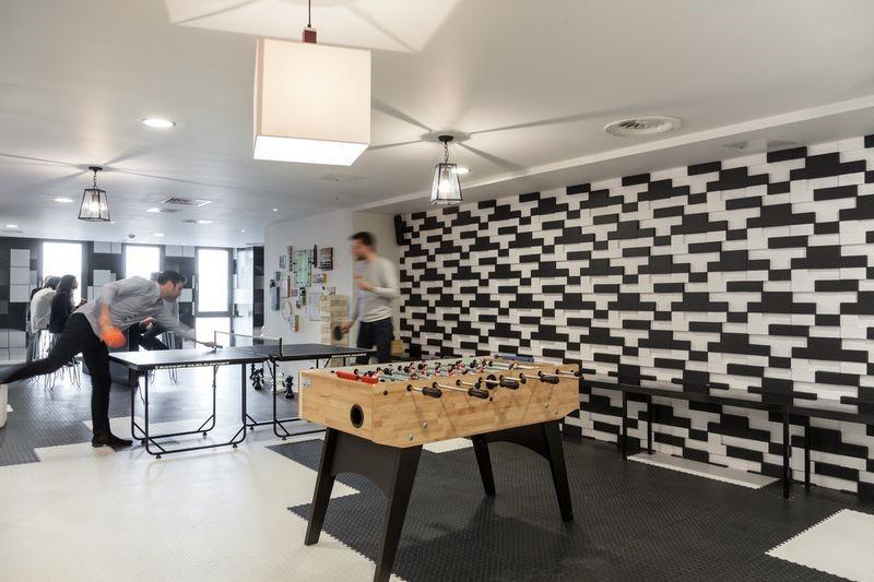The Collective coliving - pomieszczenie rozrywkowe HomeSquare