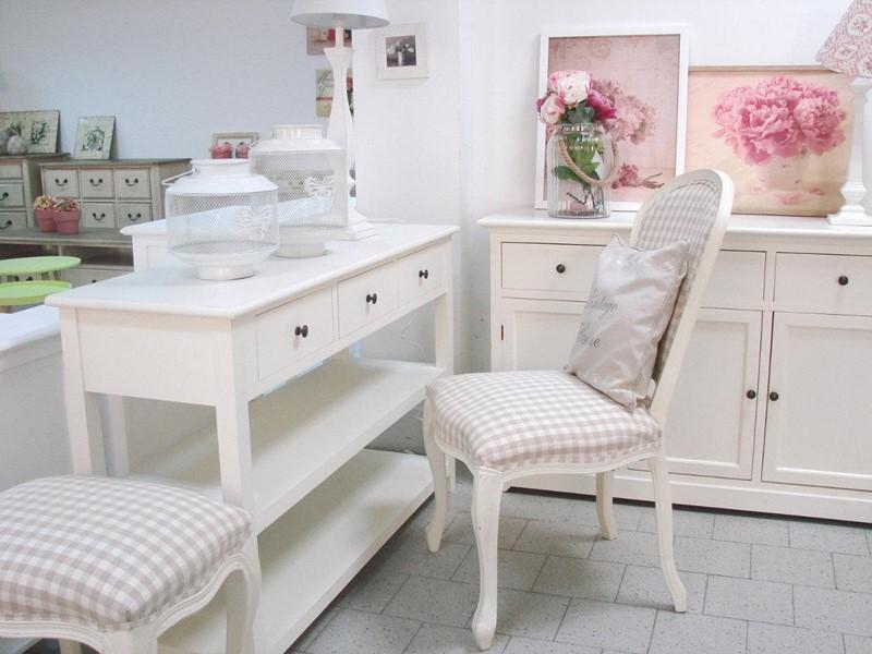 Białe meble w stylu prowansalskim - Patiomeble