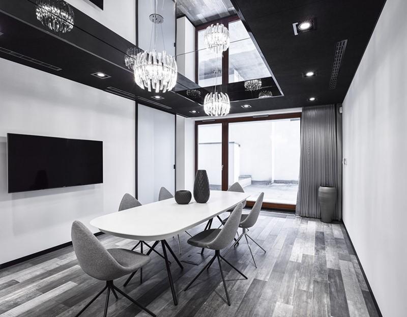Czarno-białe wnętrza - jadalnia