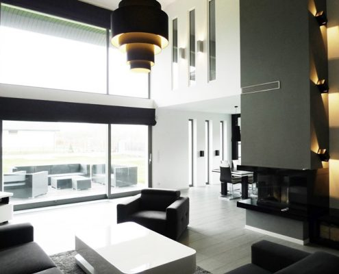 Czarno-białe wnętrza - otwarty salon