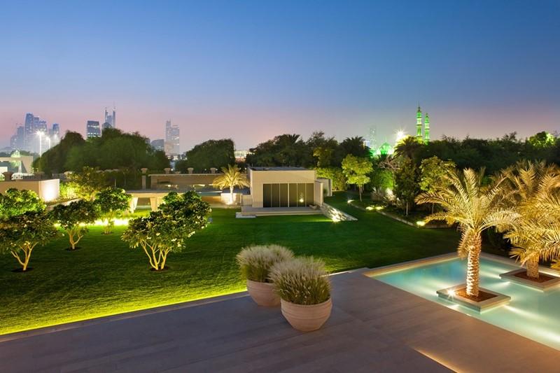 Duży ogród w Dubaju - Atelier Vierkant