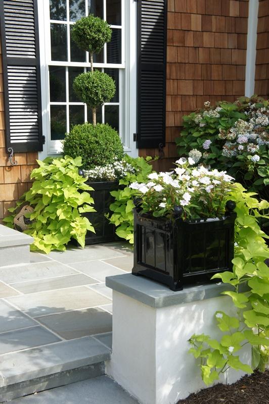 Klasyczne donice ogrodowe na wysoki połysk - CG
