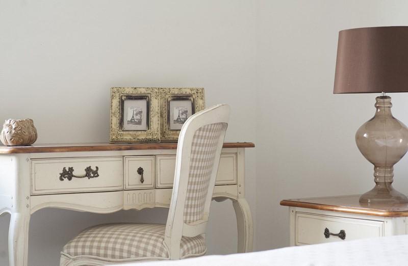 Meble w stylu prowansalskim - biurko - Patiomeble