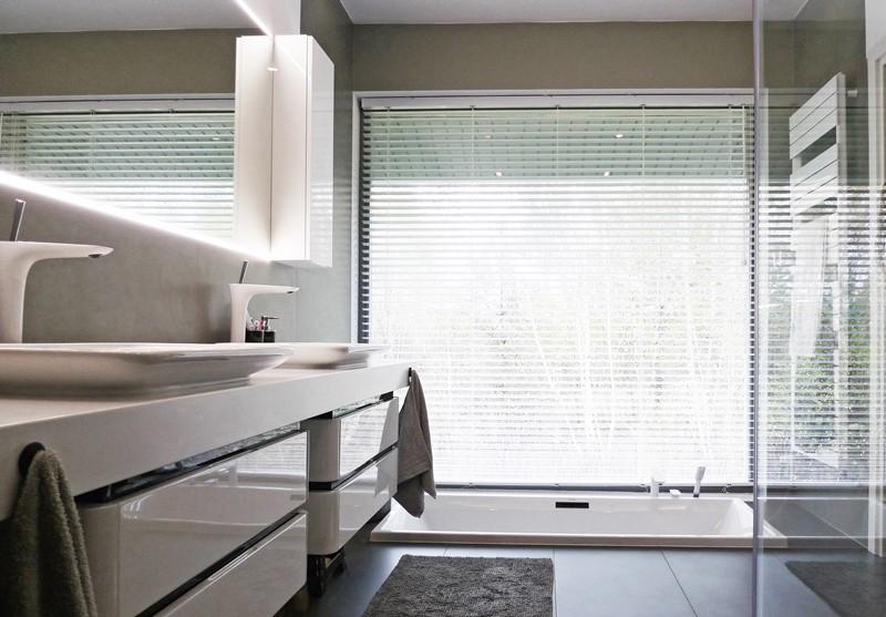 Nowoczesna łazienka Z Wanną W Podłodze Inspiracja Homesquare