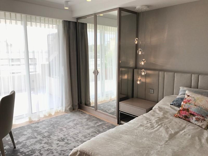 Polski architekt w Cannes - sypialnia