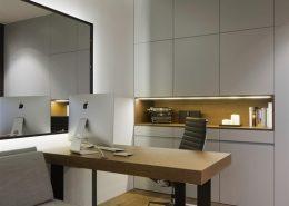 Przeszklone biuro w domu - Hola Design