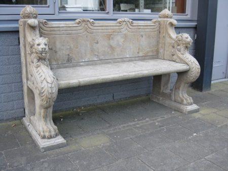 Betonowa ławka dekoracyjna ogrodowa