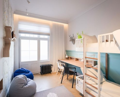 Biały pokój dziecięcy z łóżkiem piętrowym - Dragon Art