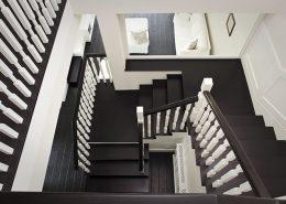 Czerń i biel w klasycznej klatce schodowej - Archissima